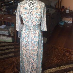Dresses & Skirts - Boho sheer long dress